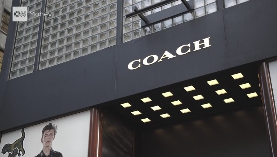Coach%2C+the+luxury+handbag+maker+has+announced+plans+to+buy+competitor+Kate+Spade+in+a+deal+worth+%242.4+billion.