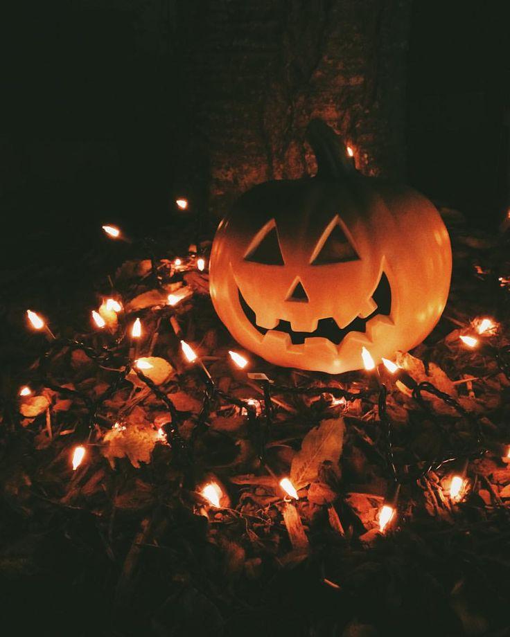 Resultado de imagem para halloween tumblr